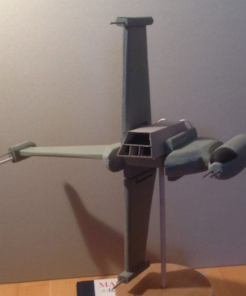 B-wing fighter 1